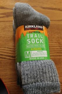 Kirkland Merino Wool Blend Socks 4 Pair Medium Unisex New