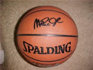 Magic Johnson Autographed Signed Autograph on I O NBA Basketball with