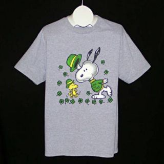 SCHULZ SNOOPY WOODSTOCK St. Patricks Patricks Day Beagle T Shirt L