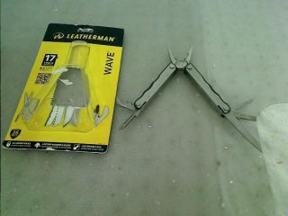 Leatherman Tool Group New Wave 14 in 1 All Purpose Multi Tool