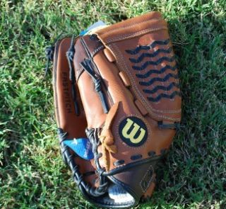 New Wilson Leather Softball Baseball Glove Ball Fastpitch A740 13