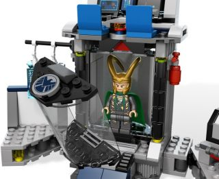 Lego Super Heroes Hulks Helcarrier Breakout 6868 Ready to SHIP New in