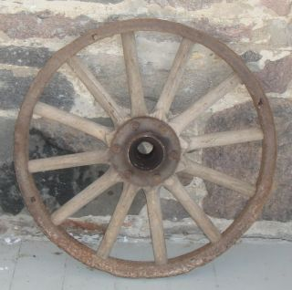 DE002 Antique Vtg Steel Rim Wood Spoke Auto Wheel