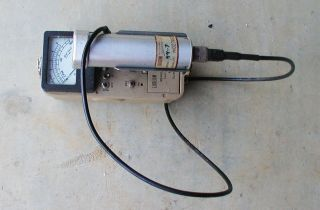 Ludlum Model 2 Survey Meter w Model 44 7 Detector