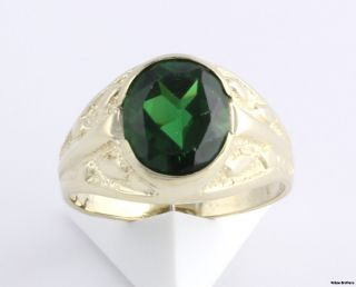 Simulated Emerald Mens Fashion Ring   14k Solid Yellow Gold Band 5.6g