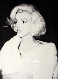 Marilyn Monroe Double Sided Pin Up Mink Stole Photo