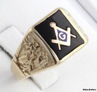 Blue Lodge Genuine Onyx Multi Symbol Masonic Ring   10k Yellow Gold