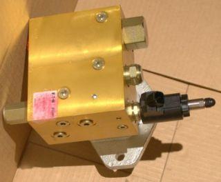 Hydraulic Cooling Exhaust Fan Drive Blower Motor Oil Radiator Cooler