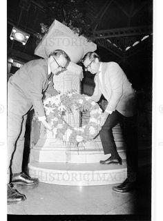 1969 35mm Negs Frank Lloyd Wright Memorial 36