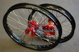 Rear 19 16 MX Wheel Wheels Set Black Rim Red Hub 2007 12 M