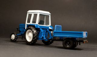 43 Diecast Model Russian Tractor Trailer MTZ 82 USSR