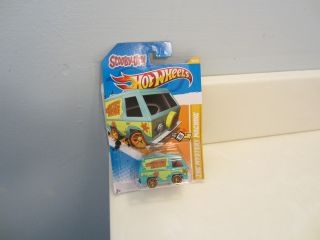 Hot Wheels Scooby Doo The Mystery Machine