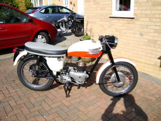 1960 Triumph Tiger 110 1959 Bonneville T120 T110 Classic Sports Bike