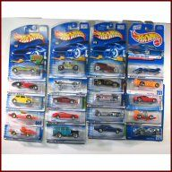 is a lot of 20 new in package Mattel Hot Wheels die cast vehicles