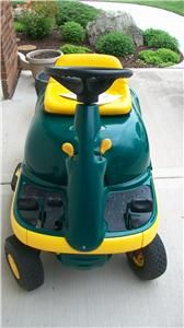 1999 Yard Man Bug 8 5 HP 28 inch Cut Riding Lawn Mower Used Very