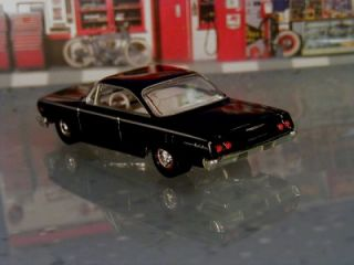 Hot 62 Chevrolet Bel Air 409 Bubble Top Limited Edition 1 64 Scale
