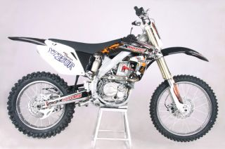 ICS CBF 37 Enduro Cross Dirt Bike 250cc 4 Takt Schwarz