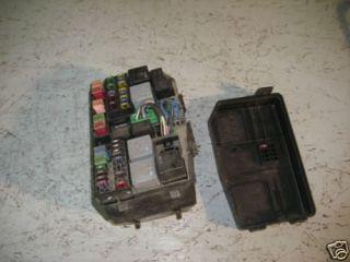 Ford Mondeo III Sicherungskasten Relais 1S7T14A142AA
