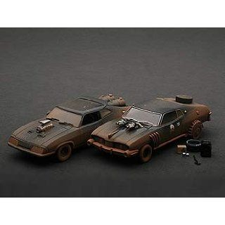 MAD MAX 2 The Road Warrior Interceptor Enemy Car   Special Muddy