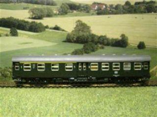 Roco H0 DB Personenwagen 1. & 2.Kl. NEM incl. Zuglaufschilder / E439