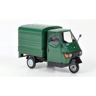 Piaggio Ape 50 Kasten, grün, Modellauto, Fertigmodell, Busch 1:43