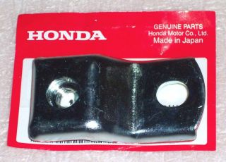 Orig. Auspuffblendenhalter Auspuff Halter muffler stay Honda Dax ST 50