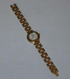 Marken Damen Uhr Gold Armbanduhr Typ G330 UVP. 499.  € ++
