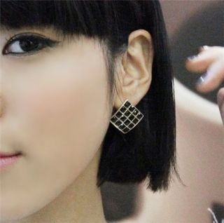 F4415 New Womens Black Crystal Square Earrings Stud