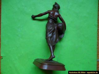 Statue, Bronze, Jean Didier Debut (1824 1893), Obstverkäuferin, Prix