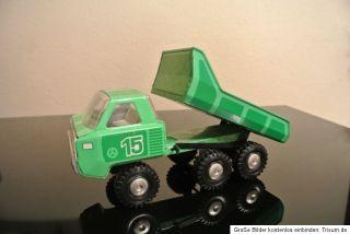 Alter URAL Blechkipper,Blechauto mechanisch mit Federwerkantrieb zum