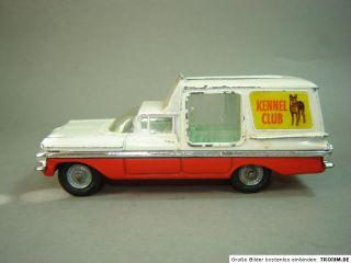 Chevrolet Impala Kennel Club Corgi Toys 143 PKW Modell Modellauto US