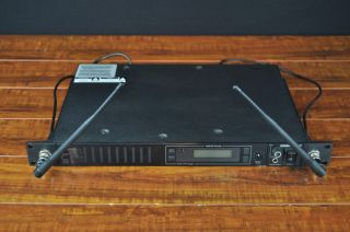 Wireless Microphone Receiver System 782 806 MHz BLOWOUT PRICE!!