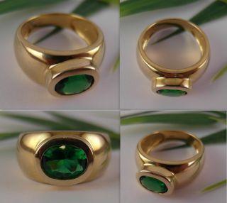 Ring 333er Gold mit grünem Farbstein / Gr. 56 / 5,3g / guter Zustand