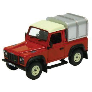 LAND ROVER Defender 90 Farm Toys   BRITAINS 1/32Le fabricant BRITAINS