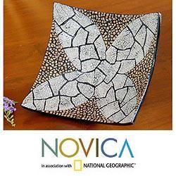 Mango Wood and Eggshells White Ixora Flower Centerpiece (Thailand