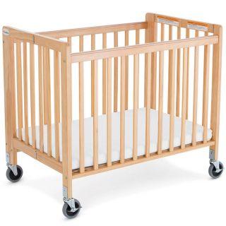 Foundations Little Dreamer Compact Folding Crib