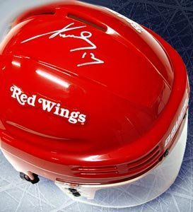 Pavel Datsyuk Signed Detroit Red Wings Red Mini Helmet