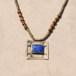 Hand made Blue Square Shaped Lapis Lazuli Necklace (Afghanistan