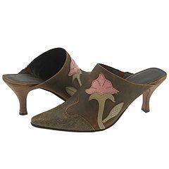 Matisse Shania Tan Leather Slip ons