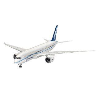 Revell of Germany 1/144 Boeing 787 Dreamliner oys