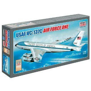 Models Air Force One (Classic Tail #26000) 1/144: Toys & Games