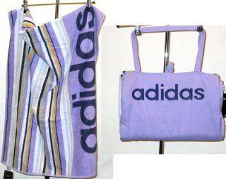 adidas Badetuch / Strandtuch mit Tasche, flieder   versandkostenfrei