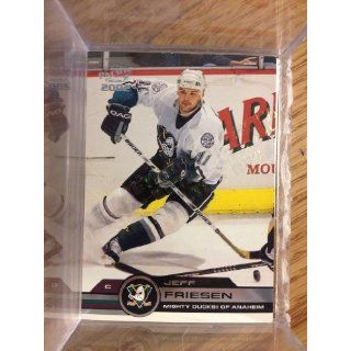 02 Pacific Retail Limited LTD # 3 Jeff Friesen 069/149: Collectibles