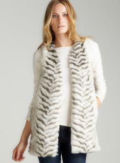 Romeo & Juliet Couture Siberian Tiger Faux Fur Vest