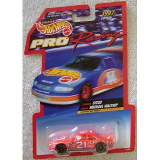 1997 Edition Team Hot Wheels Pro Racing Michael Waltrip